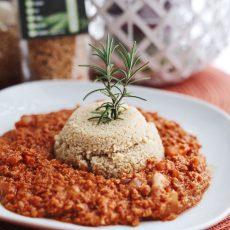Vegane Protein Hackpfanne mit Couscous